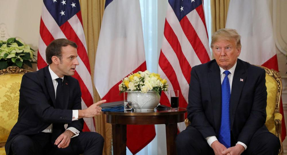 Trump ile Macron arasında koronavirüs görüşmesi