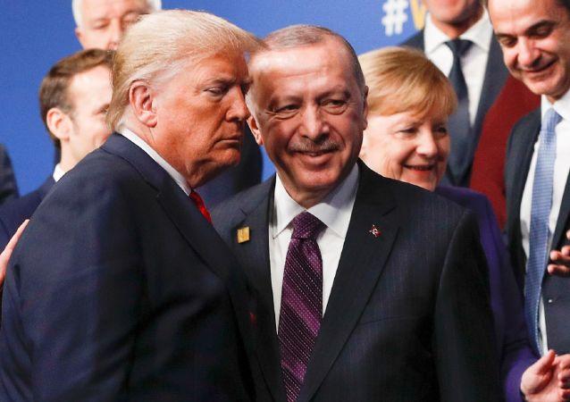 NATO liderler Zirvesi - Cumhurbaşkanı Recep Tayyip Erdoğan -  ABD Başkanı Donald Trump - Boris Johnson - Jens Stoltenberg,
