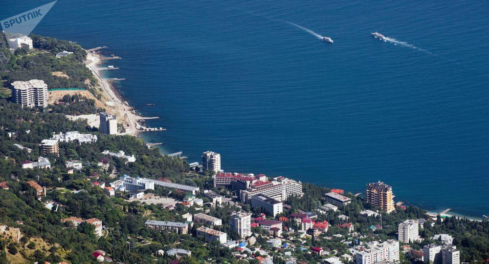 Putin'den yeni kararname: Yabancılar Kırım'da arazi satın alamayacak