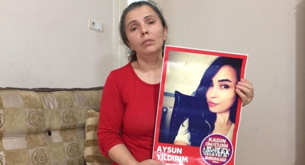2018'de Sefaköy'de çalıştığı iş yerinin penceresinden düşerek ölen 26 yaşındaki Aysun Yıldırım