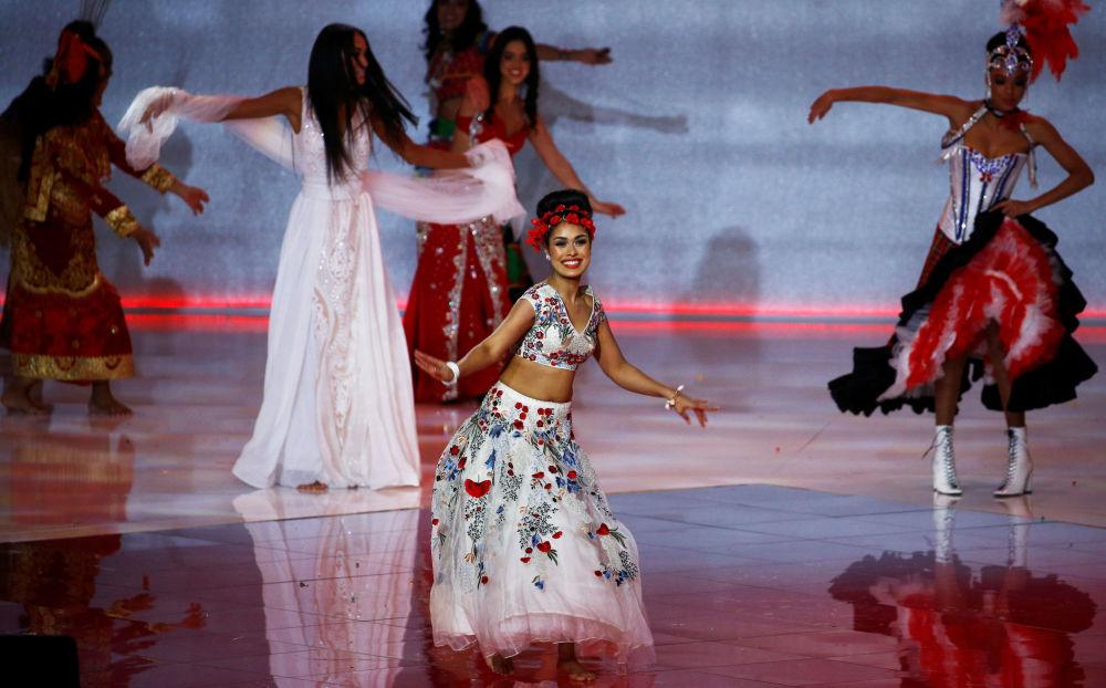 İngiltere temsilcisi Bhasha Mukherjee