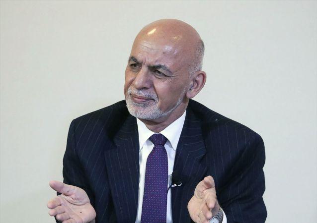 Afganistan Cumhurbaşkanı Eşref Gani, İsviçre'nin Davos kasabasında düzenlenen 50'nci Dünya Ekonomik Forumu (WEF) kapsamında basın mensuplarının sorularını yanıtladı.