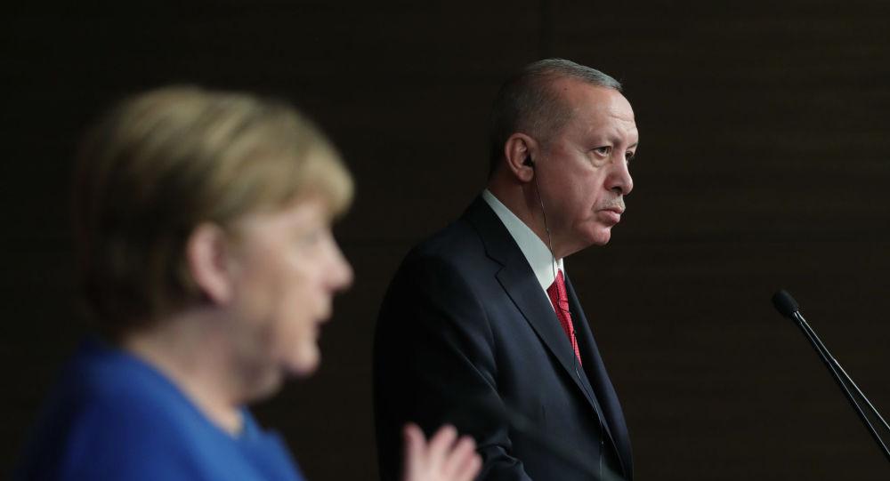 Erdoğan: Verilen destek darbeci Hafter'i şımarttı