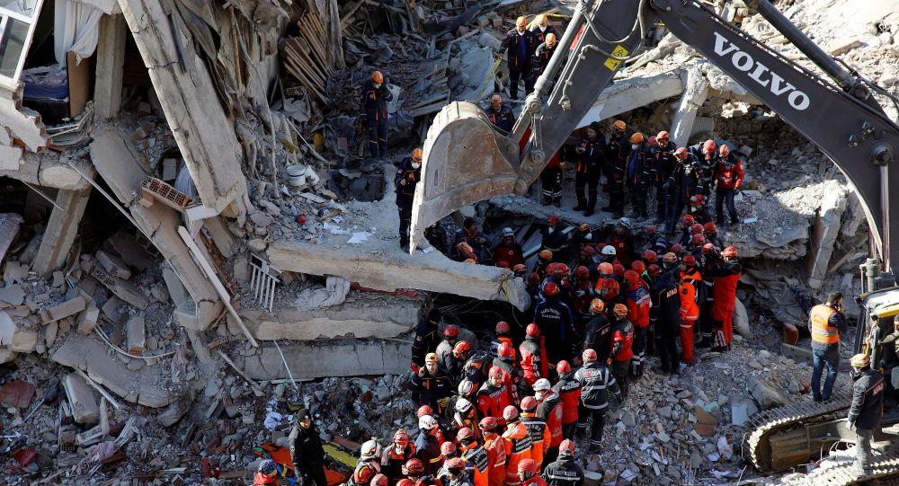 Elazığ'da 948 artçı deprem meydana geldi, can kaybı 39'a yükseldi