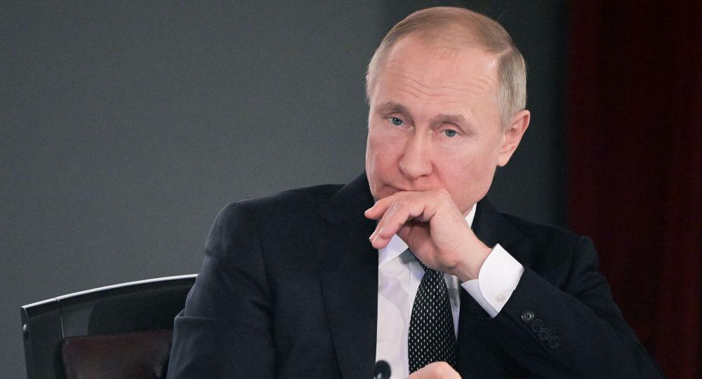 Putin'den hükümete olağanüstü hallerde ilaç fiyatlarını sınırlandırma yetkisi