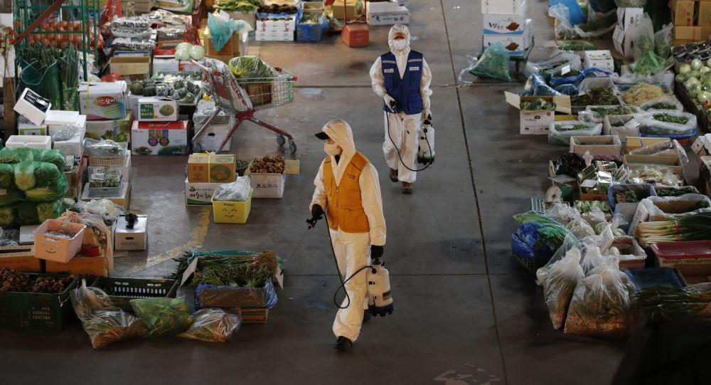 'Koronavirüs bulaşmış olabilir' korkusuyla 35 bin dolarlık ürünü çöpe attı