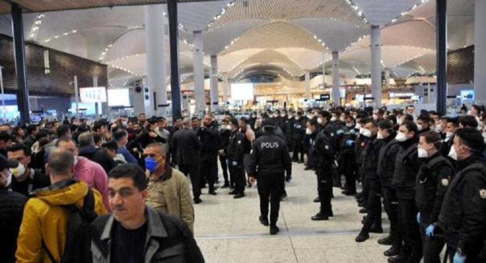 Günlerdir İstanbul Havalimanı'nda bekletilen yabancı yolcular Karabük'e gönderildi