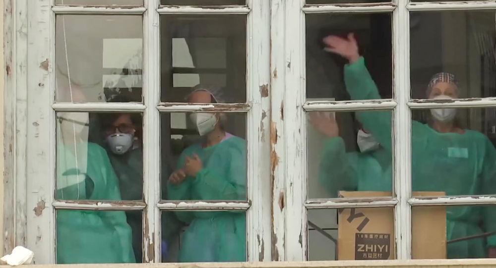 'İtalya'nın 3 bölgesi, koronavirüsle mücadelede Rusya'dan yardım istedi'