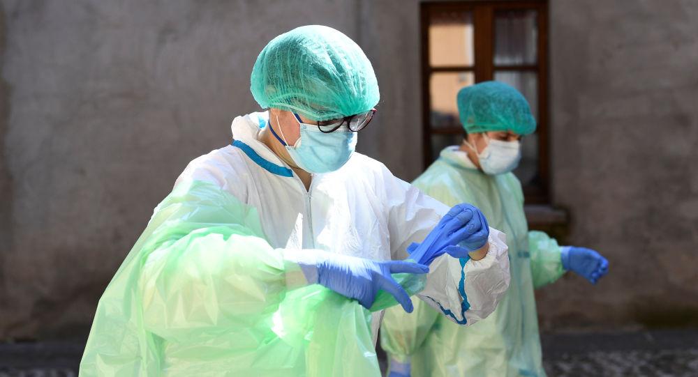 İtalya'da koronavirüs nedeniyle son 24 saatte 420 kişi hayatını kaybetti, can kaybı 25 bin 969'a ulaştı