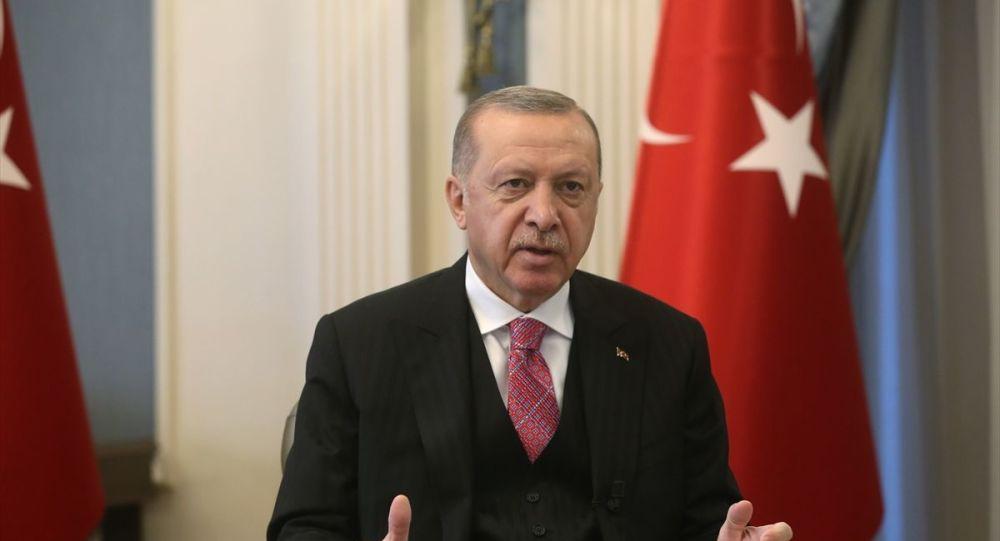 Erdoğan: Salgın döneminde iki sektörün önemi ortaya çıktı