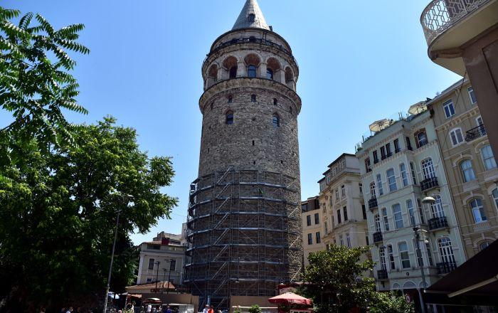 Restorasyon Yapılacak Galata Kulesi, kuş yuvaları nedeniyle ertelendi !
