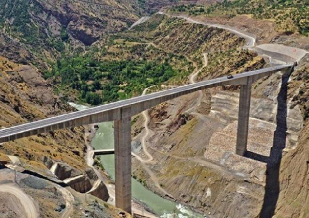 Türkiye'nin en yüksek köprüsü cumartesi açılıyor