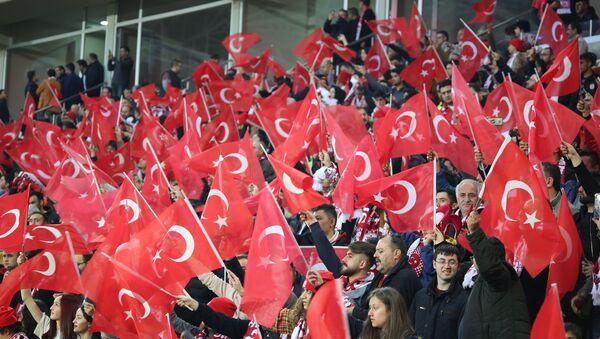 maç-seyirci-tribün - Sputnik Türkiye