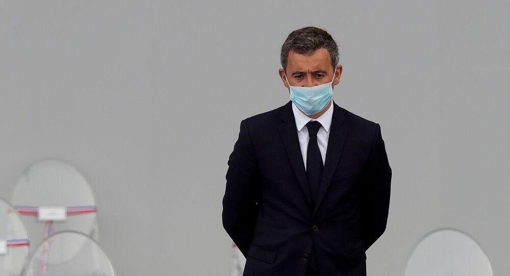 Tecavüzle suçlanan Fransa İçişleri Bakanı Gerald Darmanin, başkent Paris'teki Bastille Günü töreninde tek başına kalmış halde