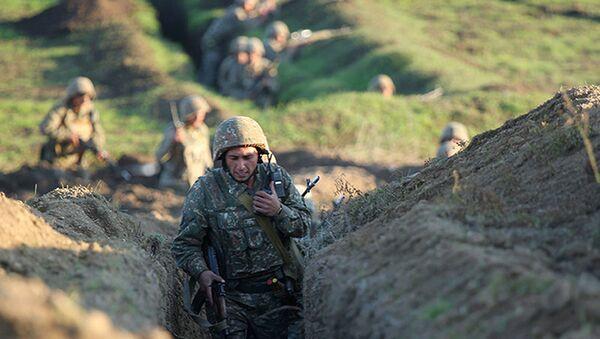 Azerbaycan-Ermenistan sınırı-Ermeni askerler - Sputnik Türkiye