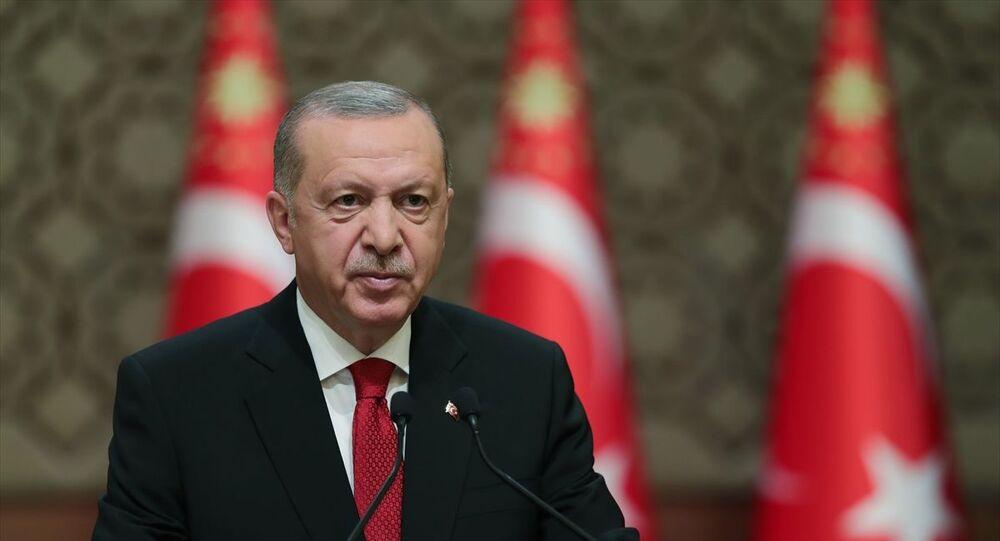 Türkiye Cumhurbaşkanı Recep Tayyip Erdoğan, 15 Temmuz Millete Sesleniş konuşması yaptı.