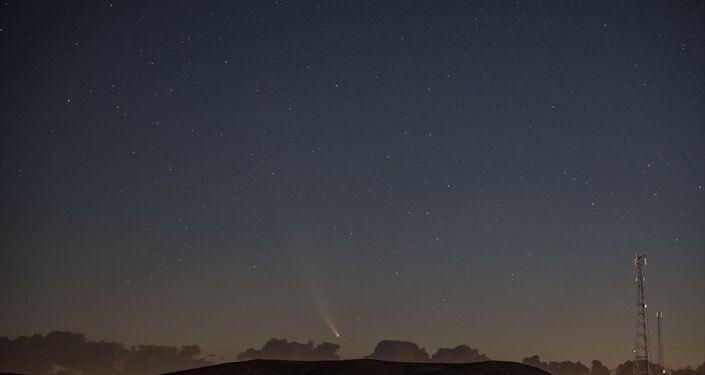 Neowise, ay sonuna kadar parlaklığını kaybetmeden çıplak gözle görülebilecek.