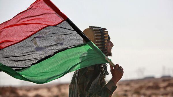 Libya, bayrak, isyancı - Sputnik Türkiye