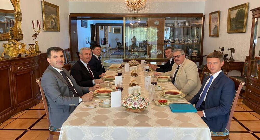 Yavaş, Rusya'nın Ankara Büyükelçiliği'ni ziyaret etti