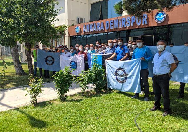 Ankara Demirspor taraftarlarından destek