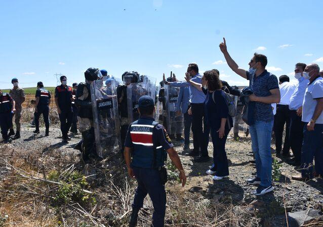 Çorlu'da tren kazasının yaşandığı yerde bilirkişi heyeti keşif yaptı