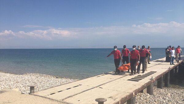 Van Gölü'nde batan tekne - Sputnik Türkiye