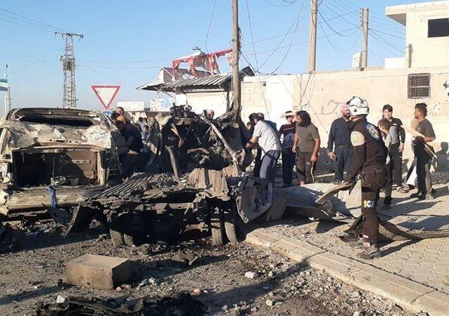 Suriye'nin kuzeyindeki Azezilçesinde, bomba yüklü araçla saldırı düzenlendi.