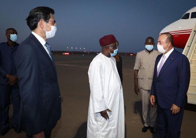 Dışişleri Bakanı Mevlüt Çavuşoğlu ve Nijer Cumhurbaşkanı Issoufou Mahamadou