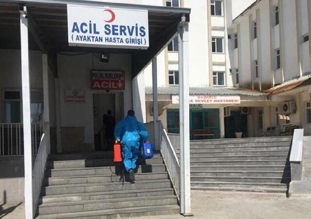 Başkale Devlet Hastanesi'nde 10 çalışanın koronavirüs testi pozitif