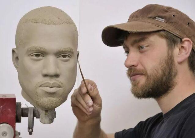 Madame Tussauds Müzesi'nde Kanye West heykeli hazırlığı