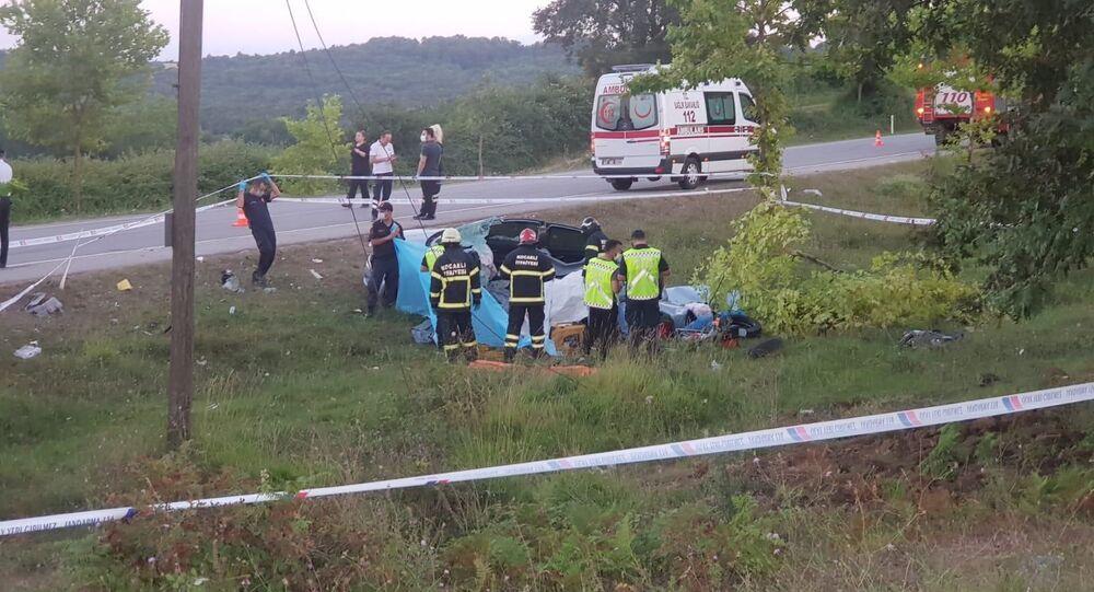 Kocaeli'de kaza: 2'si çocuk 5 kişi öldü