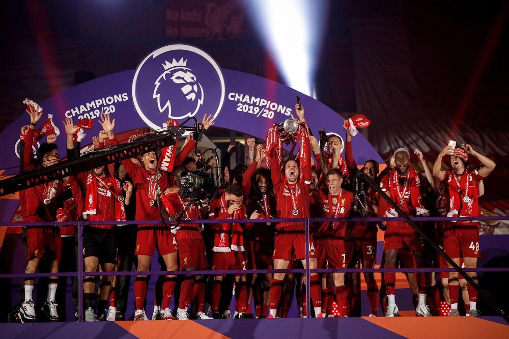 Liverpool iç sahada bu sezon oynadığı 19 maçın 18 tanesini kazanırken sadece bir beraberlik aldı ve 55 puan topladı.