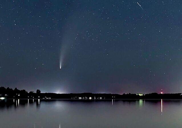 Kuyruklu yıldız Neowise Dünya'ya en yakın konumda