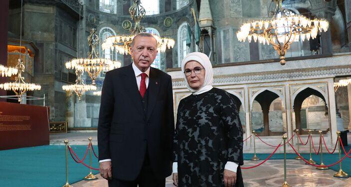 Cumhurbaşkanı Erdoğan Ayasofya'da incelemelerde bulundu