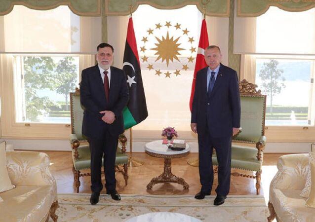 Cumhurbaşkanı Recep Tayyip Erdoğan, Libya Ulusal Mutabakat Hükümeti Başbakanı Feyyaz Serrac'ı kabul etti.