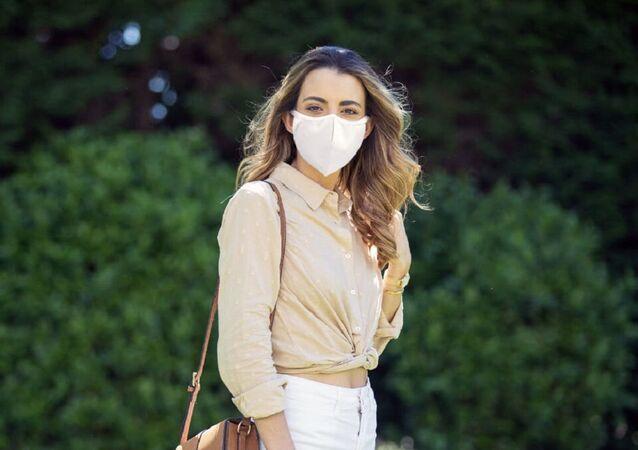 Portekiz'de Kovid-19 virüsünü 'etkisizleştiren' ilk maske geliştirildi