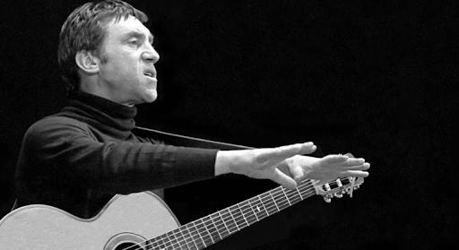 ünlü Sovyet şarkıcı ve oyuncu Vladimir Vısotskiy