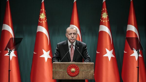 Erdoğan, Cumhurbaşkanlığı Külliyesi'nde gerçekleştirilen kabine toplantısının ardından açıklamalarda bulundu. - Sputnik Türkiye