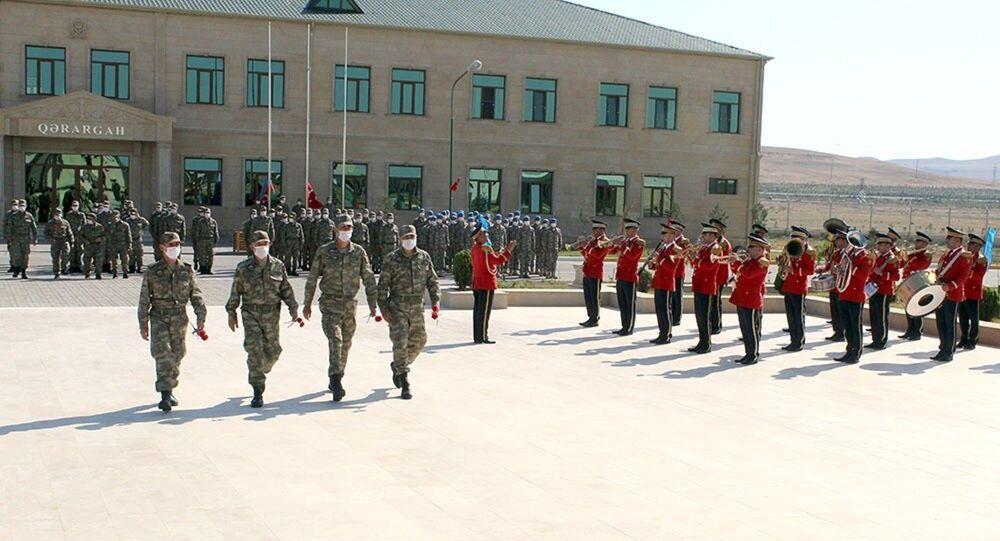 Azerbaycan'da yapılacak ortak askeri tatbikatlara katılacak Türk Silahlı Kuvvetleri personeli için karşılama töreni düzenlendi.