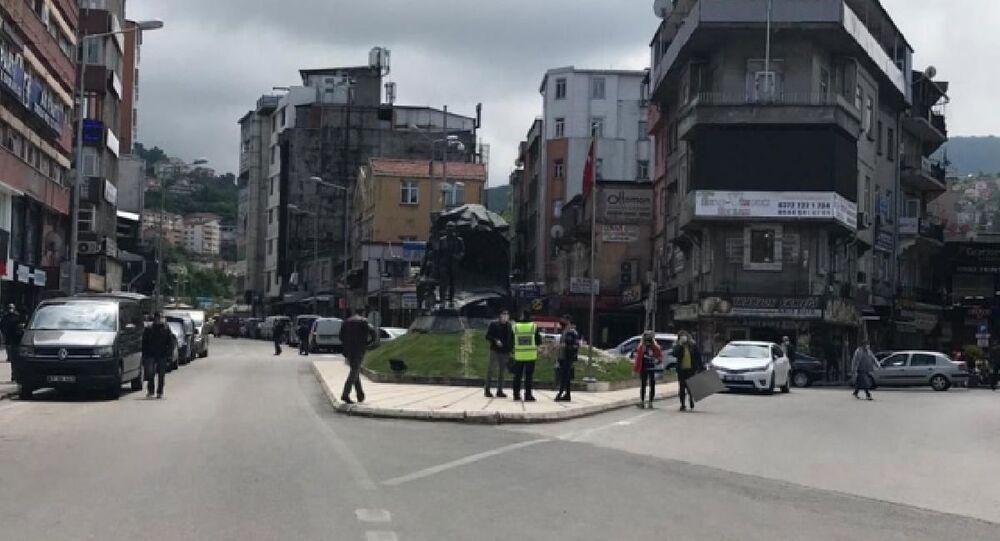 Zonguldak'ta toplu bayramlaşma ve mezarlık ziyaretleri yasaklandı