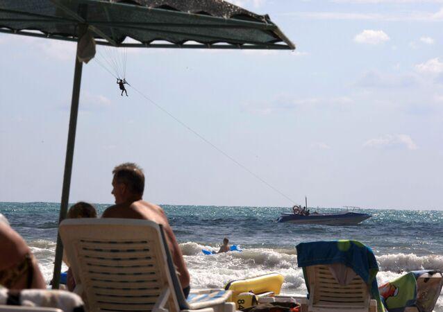 Rus turist, Türkiye, güneşlenme, şezlong