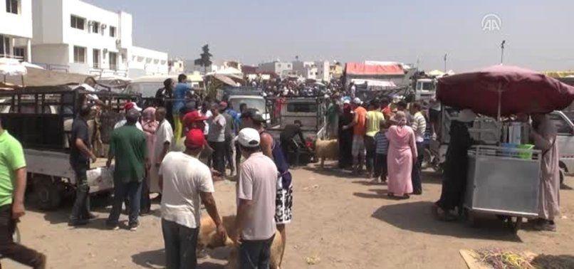 Fas'ın Kazablanka şehrinde bulunan kurban pazarında çıkan olaylarda 20 kişi gözaltına alındı.