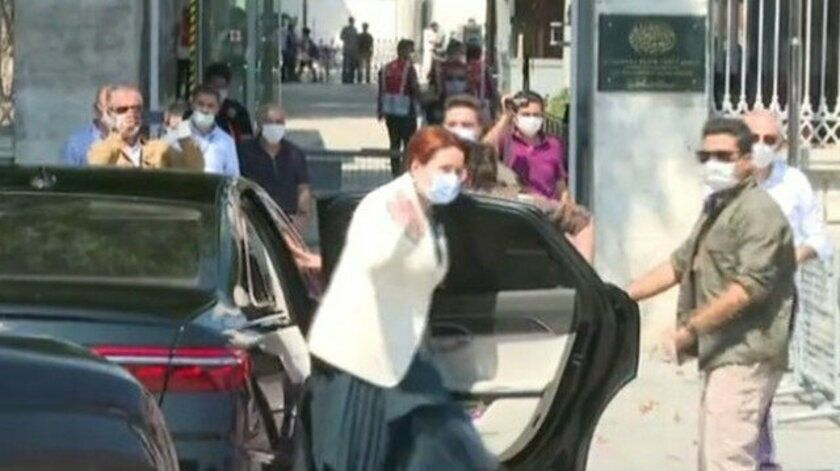 İYİ Parti lideri Meral Akşener, Ayasofya Camisi'ni ziyaret etti.