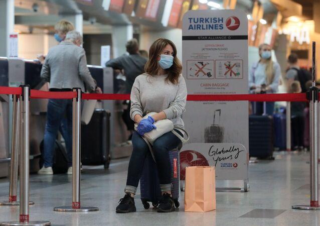 koronavirüs, Vnukovo Havalimanı, Moskova, Rusya