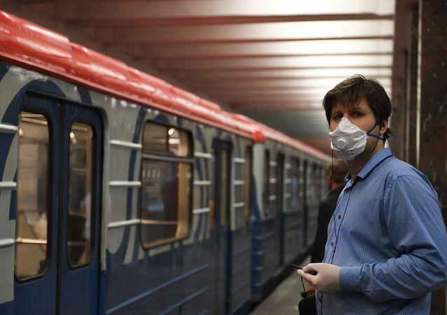 Metro, koronavirüs, Moskova, Rusya