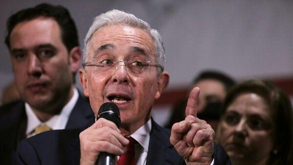 Alvaro Uribe - Sputnik Türkiye