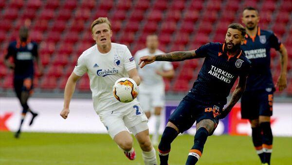 Medipol Başakşehir, UEFA Avrupa Ligi son 16 turu rövanş maçında Danimarka ekibi Kopenhag'a deplasmanda 3-0 yenildi ve Avrupa kupalarına veda etti.  - Sputnik Türkiye