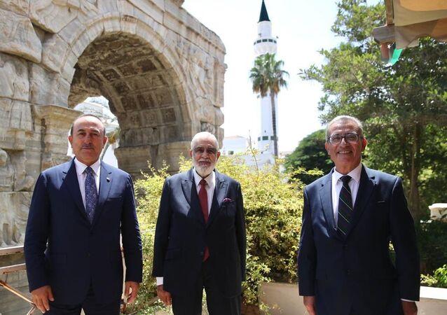 Libya, Malta, ve Türkiye dışişleri bakanları