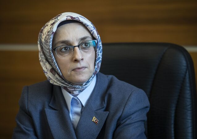 AK Parti Genel Merkez Kadın Kolları Başkanı Lütfiye Selva Çam