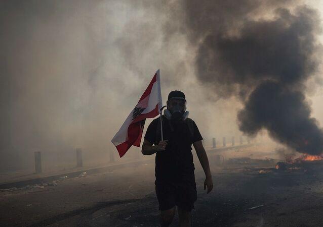 Lübnan'da hükümet karşıtı protestolar